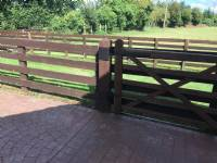 Five-bar 'wooden-style' steel gates - project portfolio 3