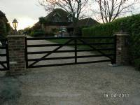Five-bar 'wooden-style' steel gates - project portfolio 6